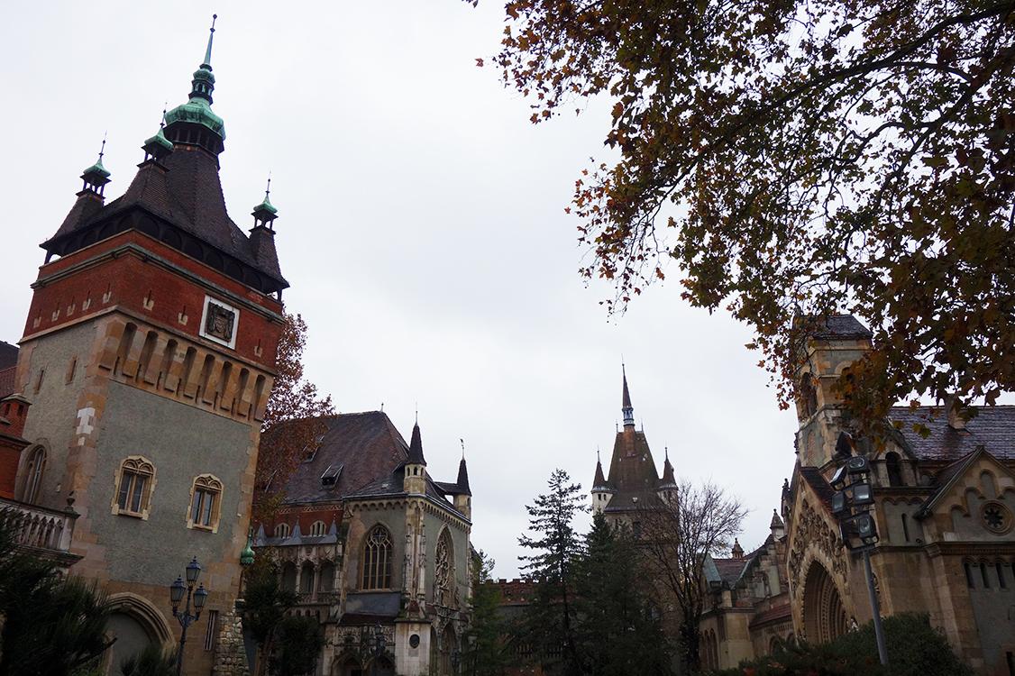 castillo parque ciudad budapest