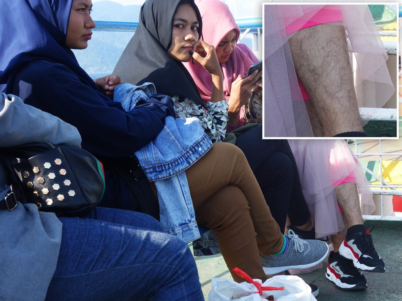 ferry isla de sumatra