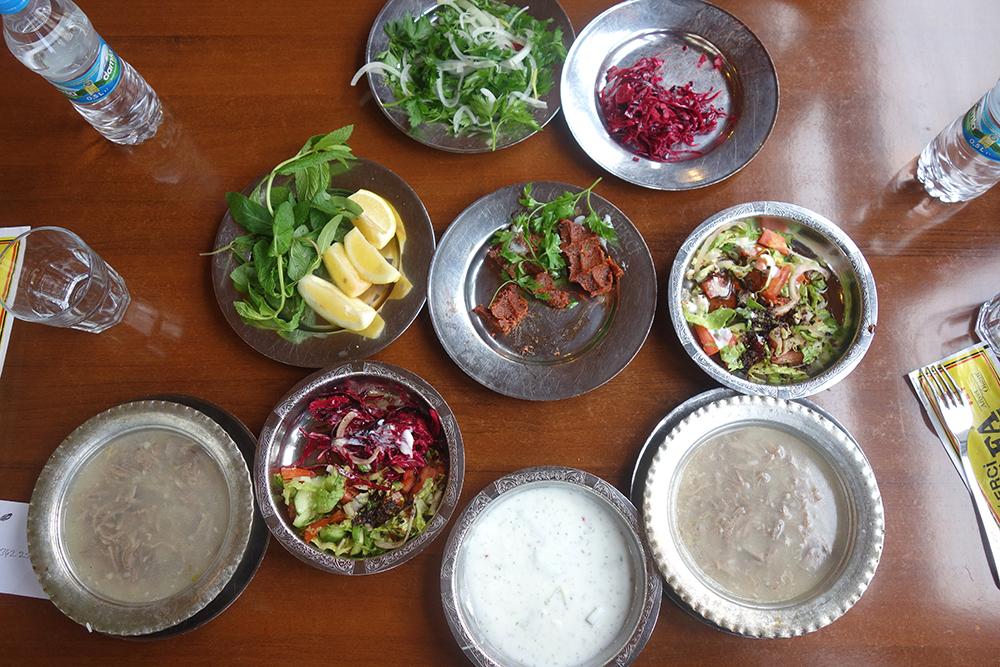 cigerçi mustafa salads que comer en turquia