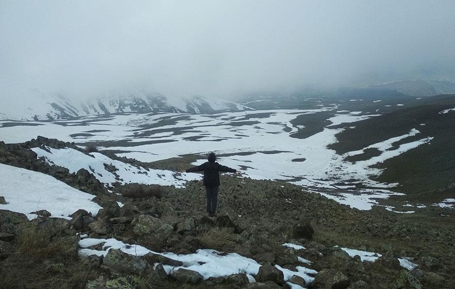 armenia-vank-lake-trekking