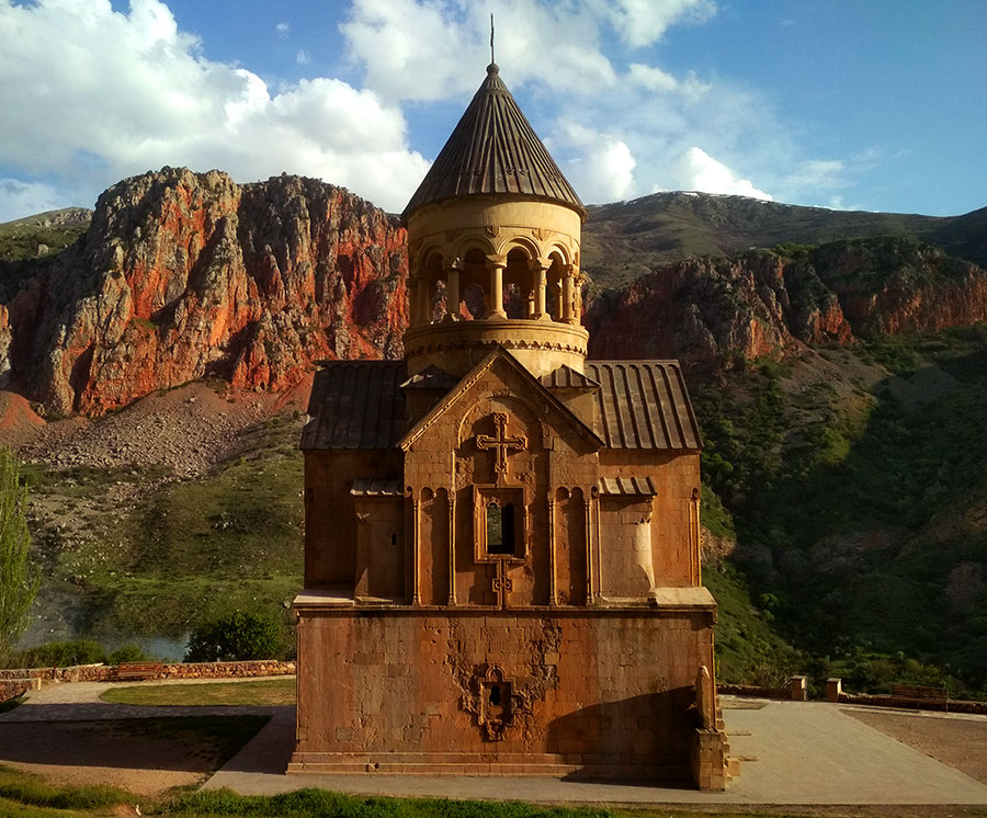 noravank-iglesia-armenia