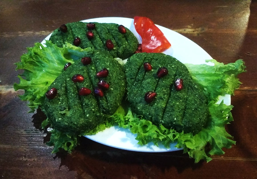 comida georgiana espinacas