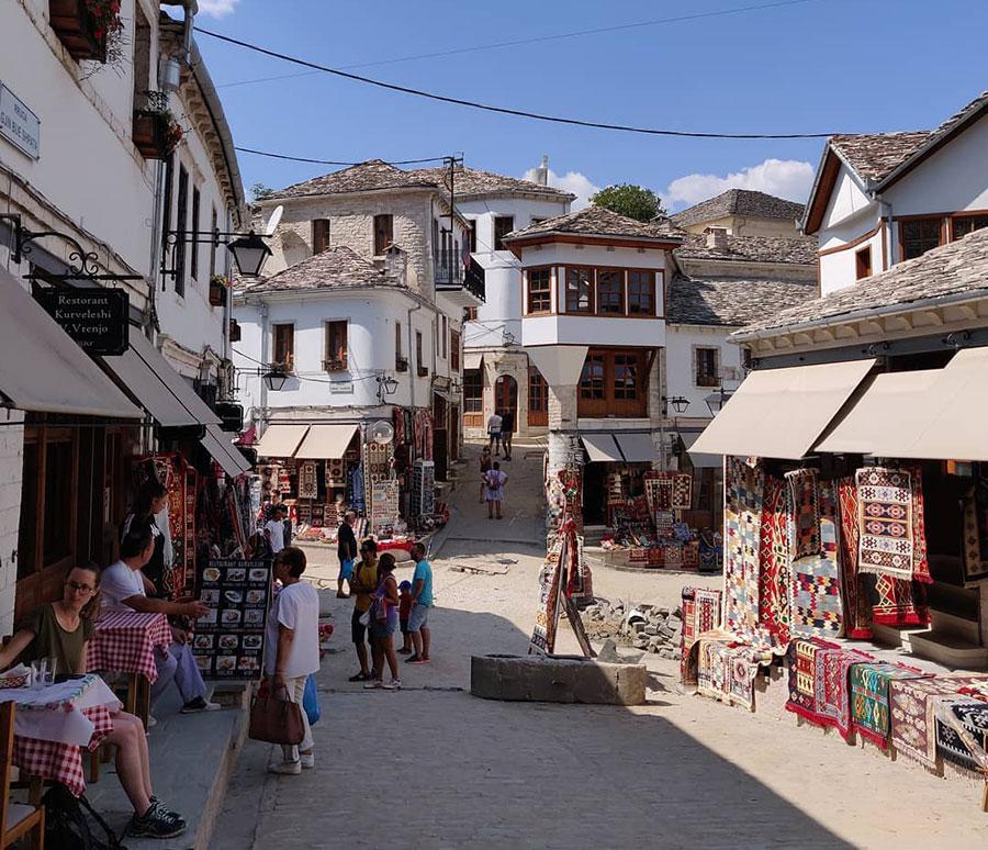 Gjirokastra que ver en albania