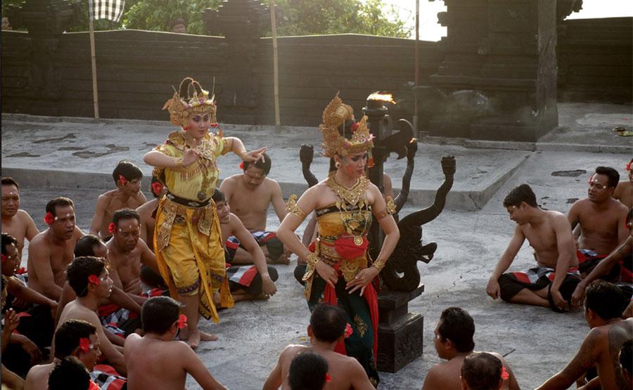 baile-tradicional-bali