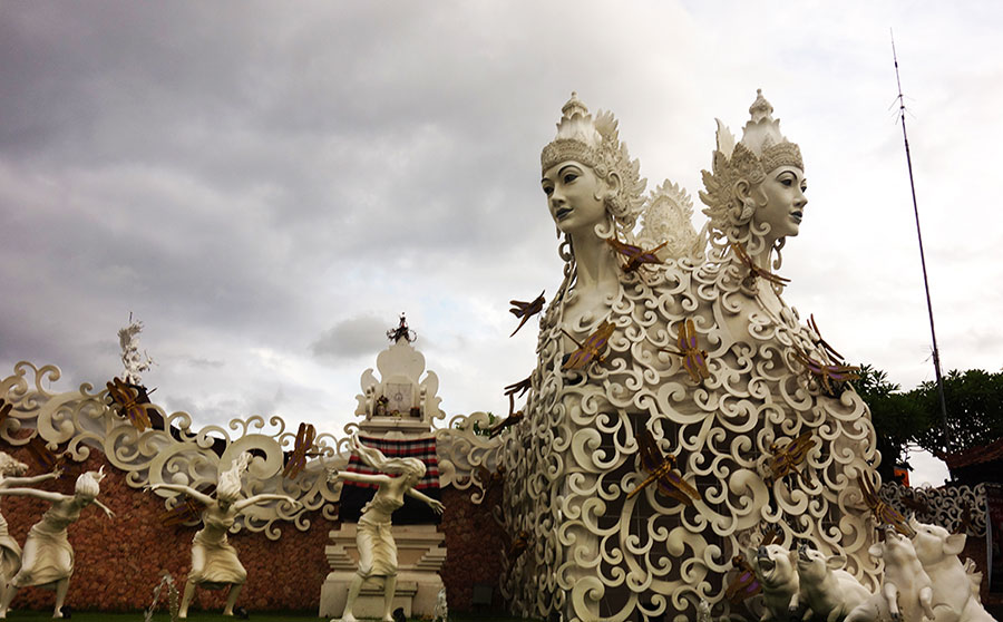 escultura-en-bali