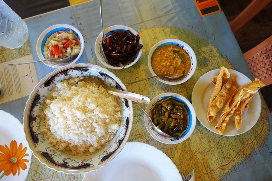 rice-and-curry-sri-lanka