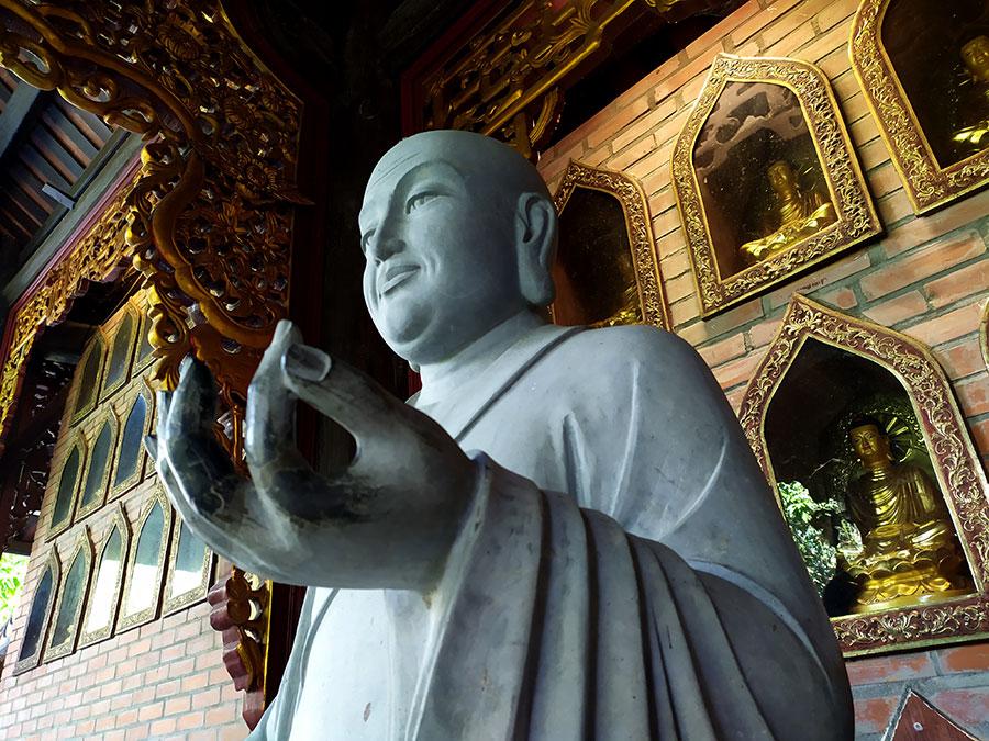 ofrendas-religion-vietnam
