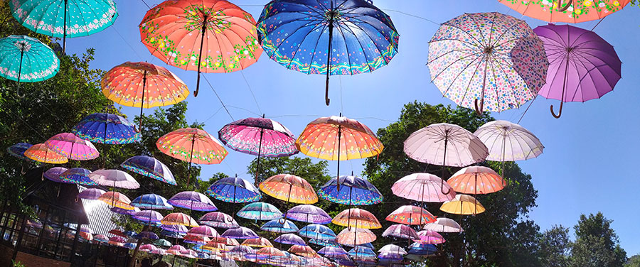 umbrellas loop thakhek