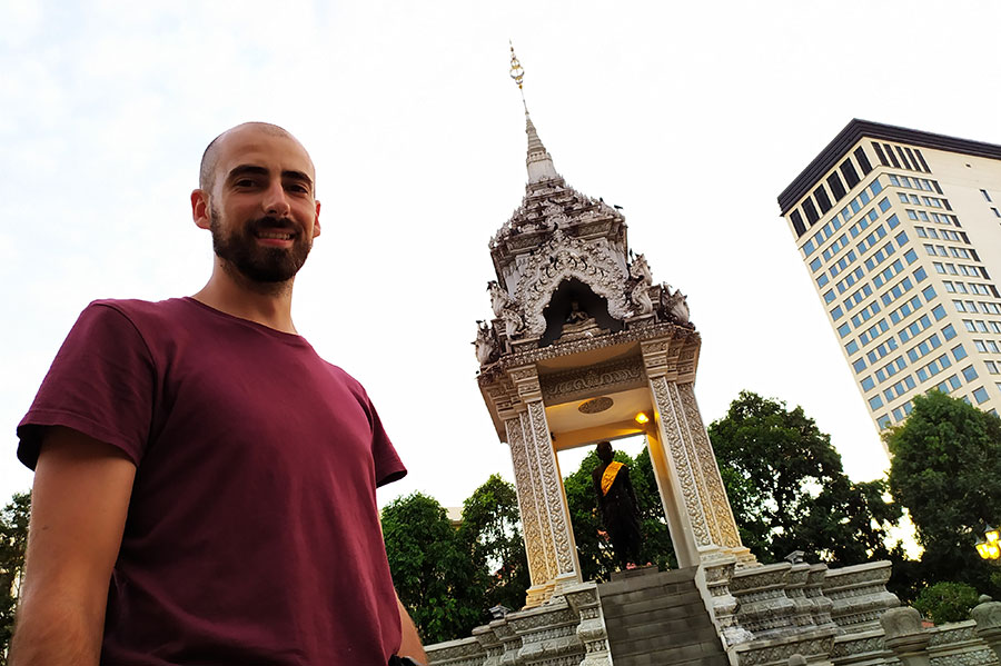 monumento-phnom-pen