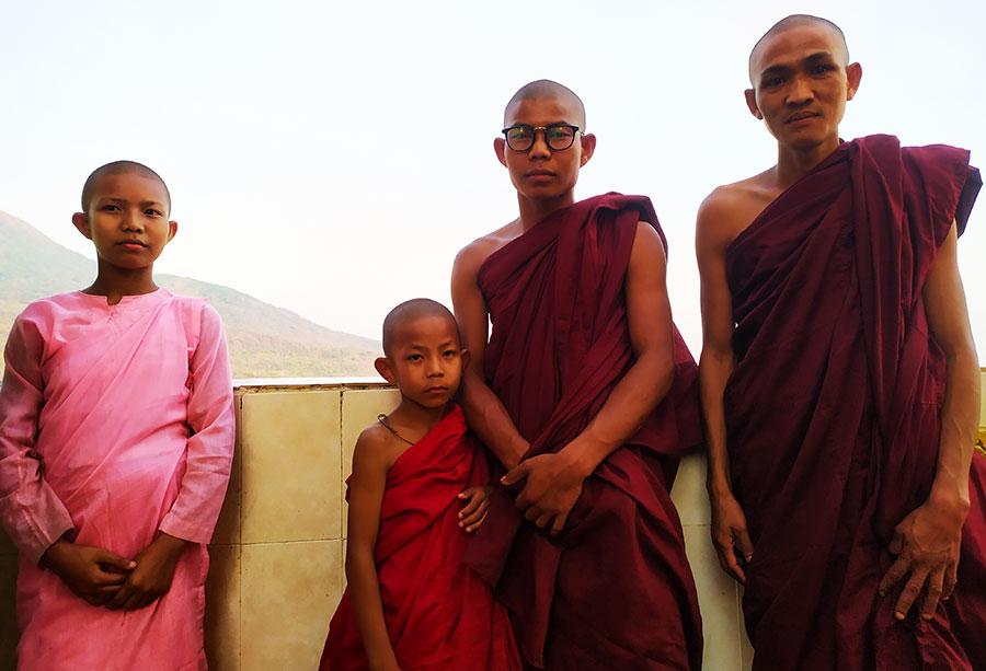 curiosidades-monjes-myanmar