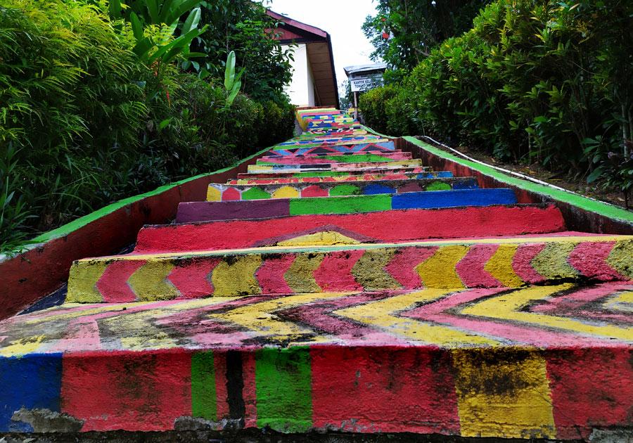 escaleras-colores-tana-toraja