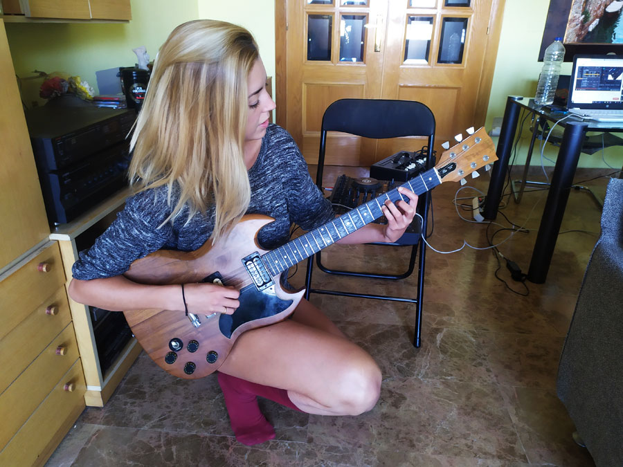guitarra-ejercicio-en-casa