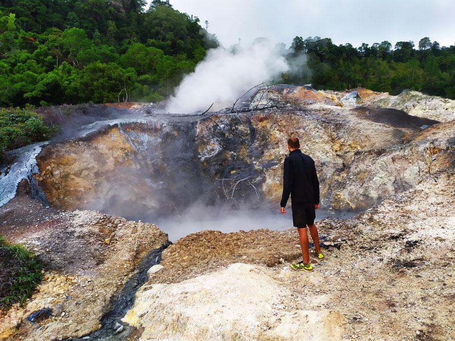 lago-volcanico-linow-manado