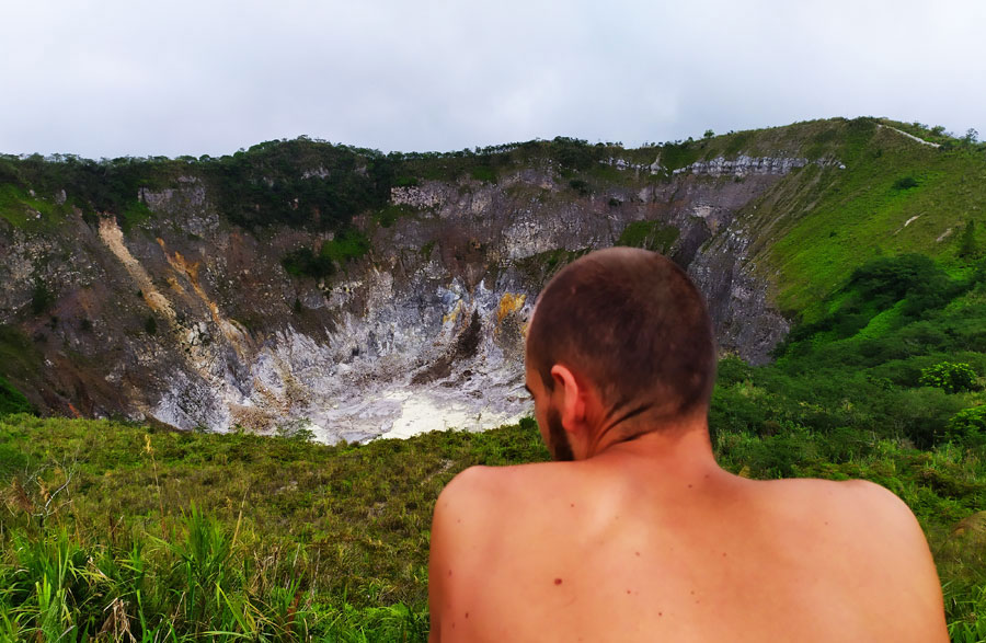 volcanes-del-mundo-mas-activos-mahawu-sulawesi