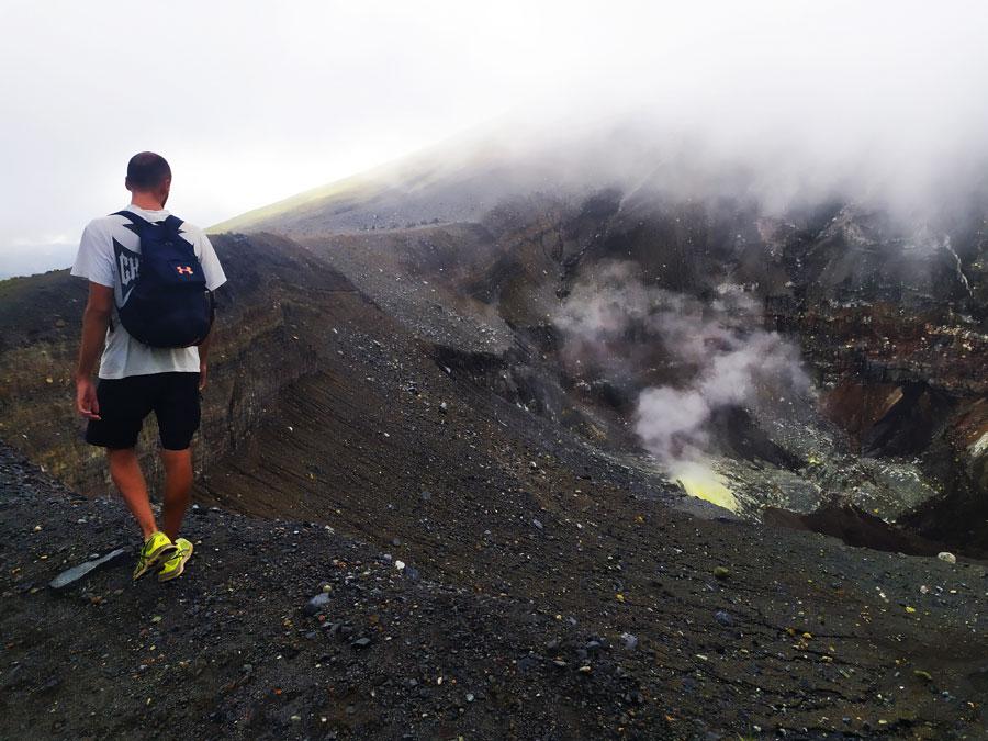 volcanes-mas-activos-del-mundo-lokon-manado