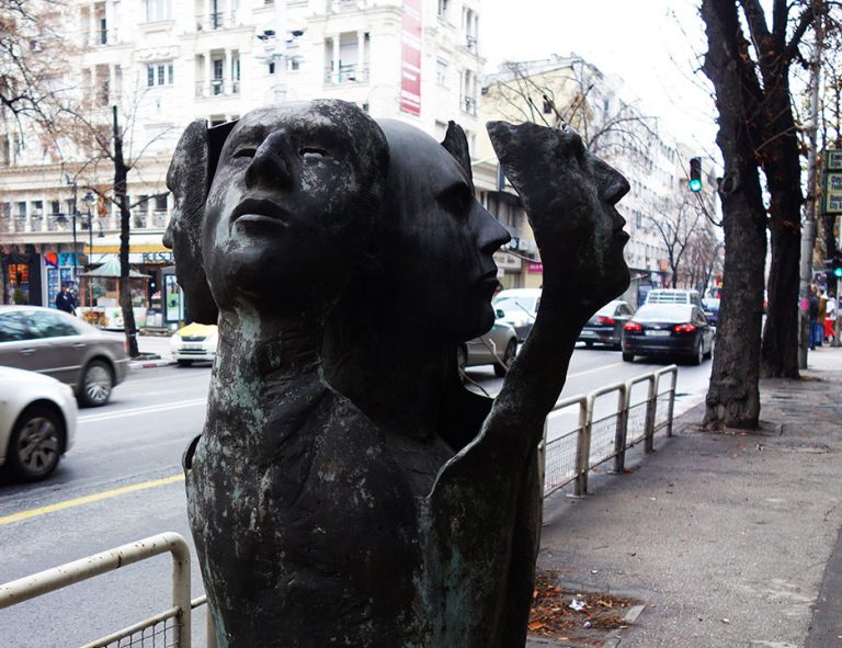 monumentos-de-skopje-las-mil-caras