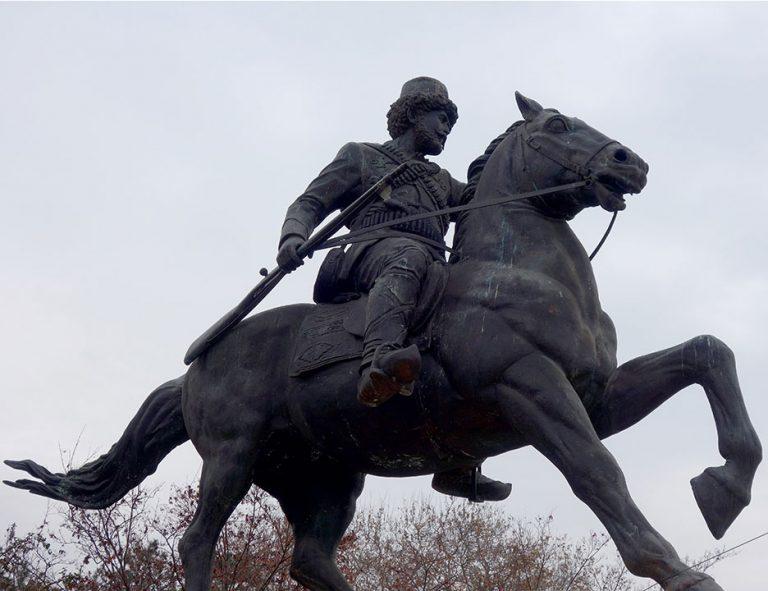monumentos-skopje-jinete