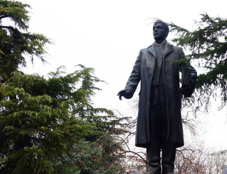 monumentos-skopje-literario