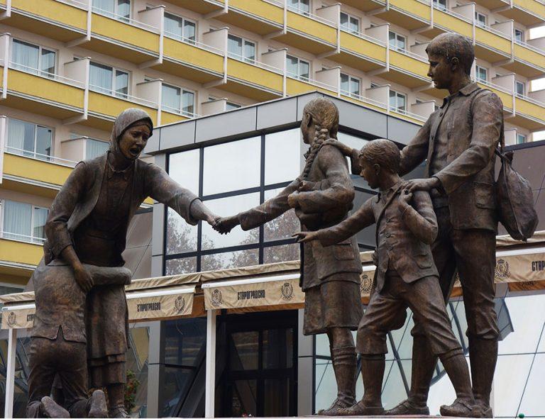 monumentos-skopje-no-me-dejes