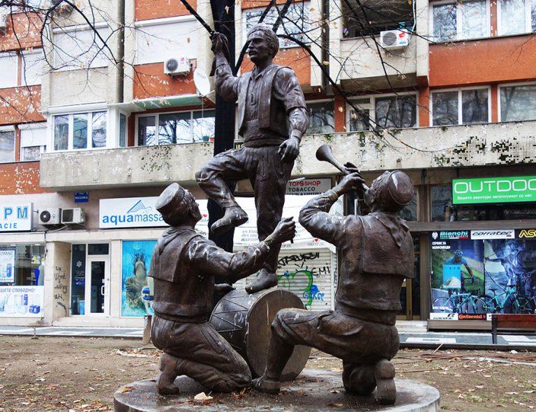 monumentos-skopje-pueblo